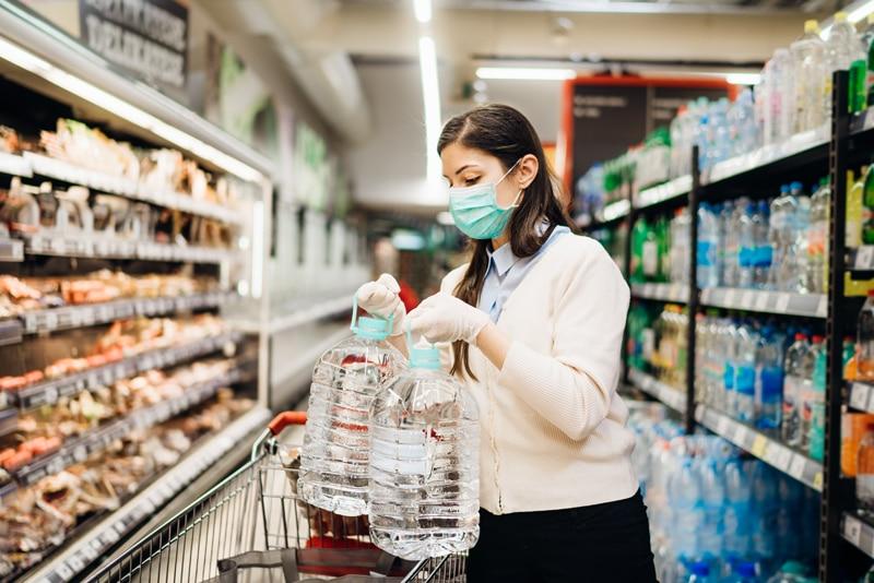 7 gastos a evitar en tiempos de pandemias